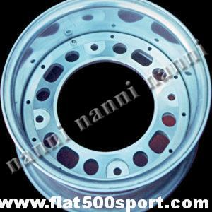 Art. 0076 - Cerchio ruota Fiat 500 NANNI componibile in lega Ø 10 pollici ,larghezze: 4-5-6-7-8 pollici (interasse bulloni ruota 190 mm.) - Cerchio ruota Fiat 500 Fiat 126 prima serie NANNI componibile in lega Ø 10 pollici, di nostra produzione, larghezze: 4-5-6-7-8 pollici.(interasse bulloni ruota 190 mm.)