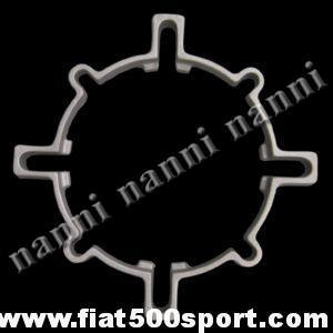 Art. 0108 - Distanziale Fiat 500  per allargare la ruota. (porta in fuori la ruota di 16 mm.) - Distanziale Fiat 500 Fiat 126 prima serie (interasse bulloni 190 mm.) Porta in fuori la ruota di 16 mm.