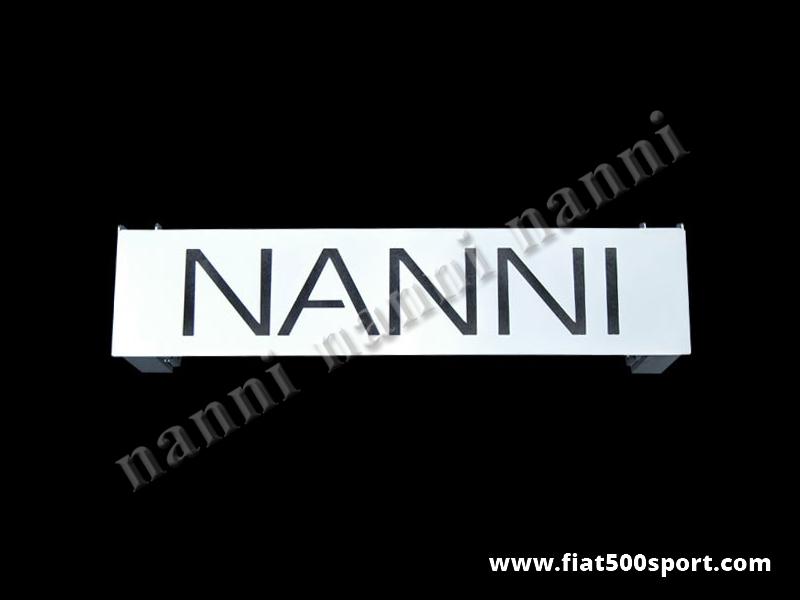 Art. 0005A - Alzacofano Fiat 500 NANNI in acciaio cromato. - Alzacofano Fiat 500 NANNI in acciaio cromato. Il cofano motore e' molto stabile quando si apre e si può' chiudere con la serratura originale.