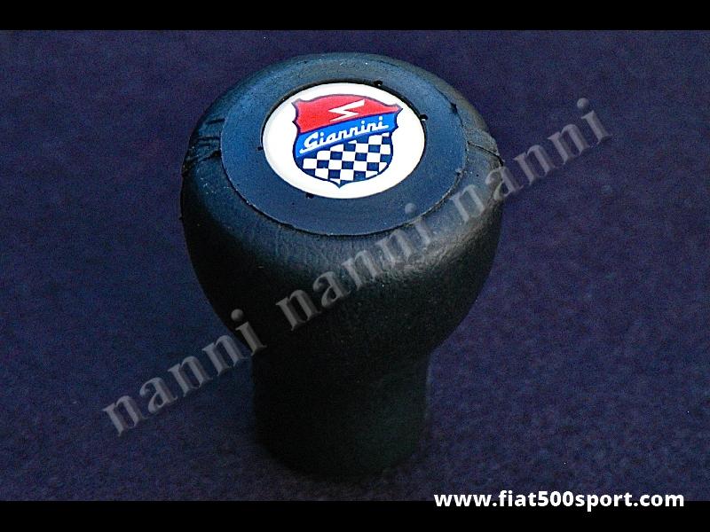 Art. 0032 - Pomello Fiat 500 Fiat 126  Giannini leva cambio in poliuretano nero. - Pomello Fiat 500 Fiat 126 leva cambio Giannini in poliuretano di colore nero.