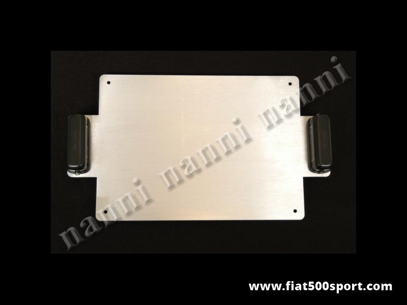 Art. 0048 - Portatarga da corsa Fiat 500 Fiat 126 in alluminio con luci. - Portatarga da corsa Fiat 500 Fiat 126 in alluminio con luci.