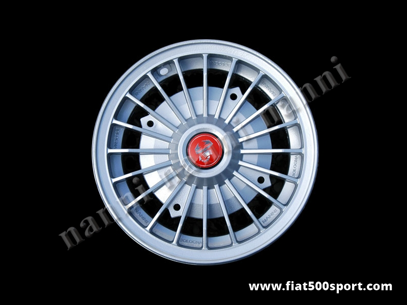 "Art. 0073 - Fiat 500 Fiat 126 first model Abarth light alloy wheel 4,5"" x 12"" with bolts. - Fiat 500 Fiat 126 first model Abarth light alloy wheel 4,5"" x 12"" with bolts for 500 and 126 first model.  ET 30."