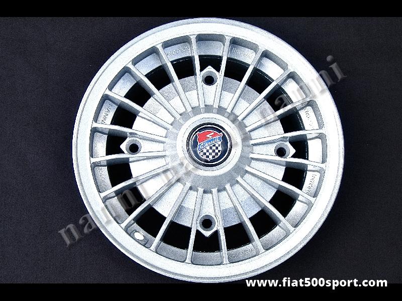 Art. 0073G - Cerchio ruota Fiat 500 Giannini in lega  da 4,5 pollici x12 pollici. - Cerchio ruota Fiat 500 Fiat 126 prima serie Giannini in lega di altissima qualita', verniciato, da 4,5 pollici di larghezza con bulloni di fissaggio conici autocentranti (interasse dei bulloni 190 mm.) ET 30.