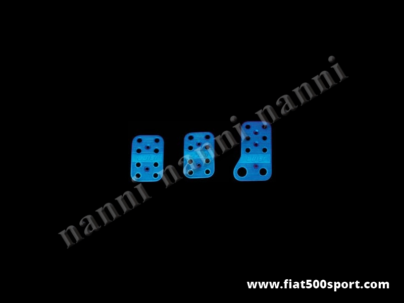 Art. 0086blu - Copripedali  Fiat 500 Fiat 126 blu con gommini antiscivolo. - Copripedali Fiat 500 Fiat 126 di colore blu con gommini antiscivolo. Kit completo di viti di fissaggio.