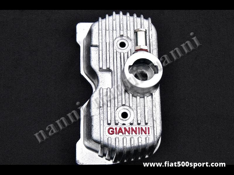 Art. 0263 - Coperchio punterie Giannini Fiat 500 D F L R Fiat  126 in alluminio. - Coperchio punterie Giannini Fiat 500 D F L R Fiat 126 in alluminio. Questo coperchio richiede il tappo art. 0267. Con questo coperchio punterie si può montare anche il carburatore Weber diam. 26/28 mm originale.
