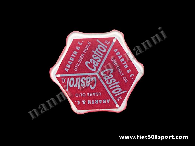 Art. 0266 - Tappo olio Abarth Fiat 500 D. - Tappo introduzione olio Fiat 500 D con targhetta Abarth. Questo articolo si monta sul nostro coperchio punterie art. 0262.