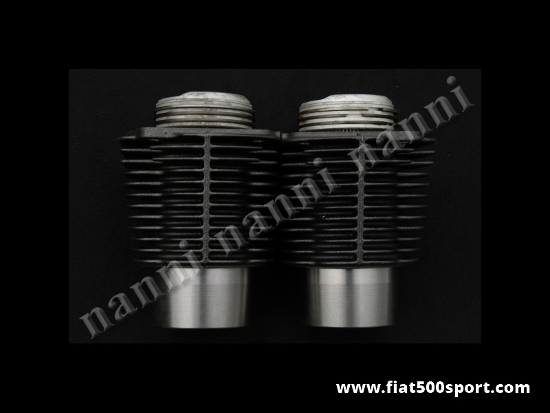 Art. 0317 - Piston liner kit Fiat 500 D F L Fiat Giardiniera original 499 cc. Pistons diam. 67,4 mm. Complete set. - Piston liner kit Fiat 500 D F L Fiat Giardiniera 499 cc. Pistons diam. 67,4 mm. Our cylinders don't require the head gasket but require our rings article 0426.