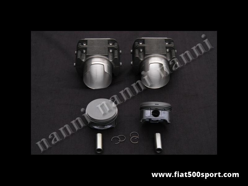 Art. 0328 - Cilindri  pistoni fusi Fiat 126,  740 cc, pistoni Ø 82 mm. (per questo gruppo motore occorrono le bielle ns. art. 0293A e 2 serie di anelli sottocanna in rame art .0429) - Canne pistoni fusi Fiat 126,740 cc, Ø 82 mm. (per questo gruppo motore occorrono le bielle ns. art.0293A da 130 mm. poiché i pistoni hanno altezza di compressione 28 mm. Bisogna acquistare 2 kit di anelli sottocanna in rame art.0429).I cilindri di nostra produzione sono alti 80 mm. e non richiedono la guarnizione di testa. I pistoni hanno una altezza di compressione di 28 mm, quindi sono leggerissimi ( a 3 fasce) fatti in Germania. Gruppo completo di 2 pistoni e 2 cilindri.
