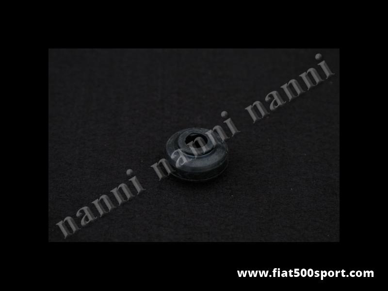 Art. 0484 - Gommino Fiat 500 Fiat 126 ammortizzatore anteriore Pirelli. - Gommino Fiat 500 Fiat 126 Pirelli per gli ammortizzatori  anteriori. Occorrono 4 pezzi per 1 ammortizzatore.