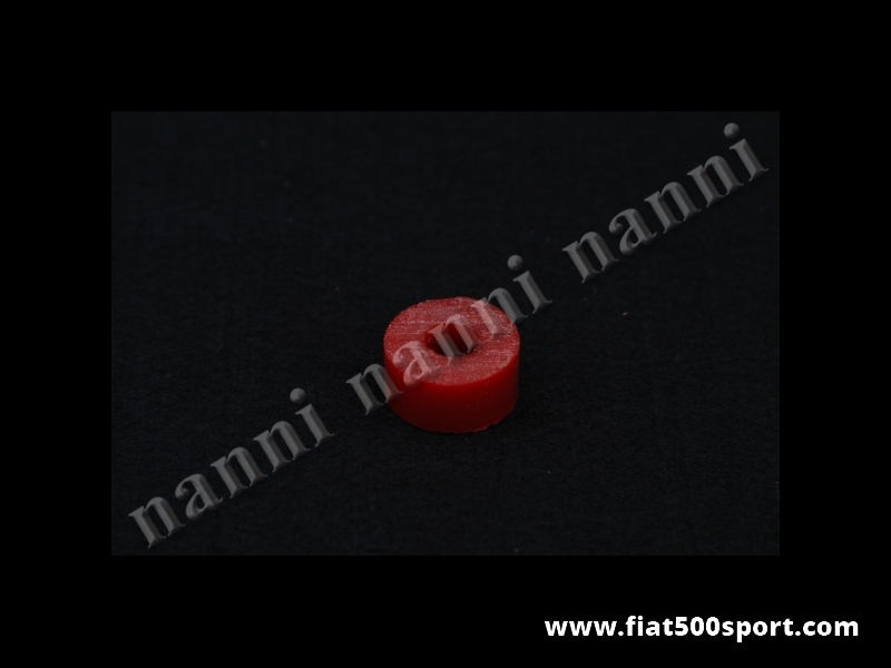 Art. 0486 - Gommino Fiat 500 Fiat 126 NANNI per  ammortizzatore anteriore  in materiale speciale. - Gommino Fiat 500 Fiat 126 NANNI per gli ammortizzatori anteriori in materiale speciale resistentissimo da noi prodotto. Occorrono 4 pezzi per 1 ammortizzatore.