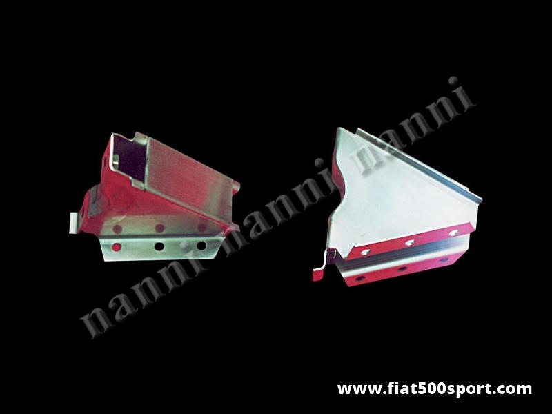 Art. 0492 - Supporti Fiat 500 Fiat 126  NANNI per applicazione scatola sterzo Fiat 126 su Fiat 500. - Staffe supporto Fiat 500 Fiat 126 NANNI per applicare la scatola guida art. 0489 (Fiat 126) sulla Fiat 500.kit completo di 2 pezzi.