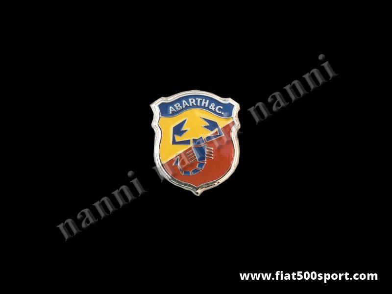 Art. 0511 - Stemma FIAT 500 Abarth seconda serie h. 70 mm smaltato - Stemma Fiat 500 anteriore Abarth seconda serie h. 70 mm in metallo smaltato a fuoco, con schermo protettivo.