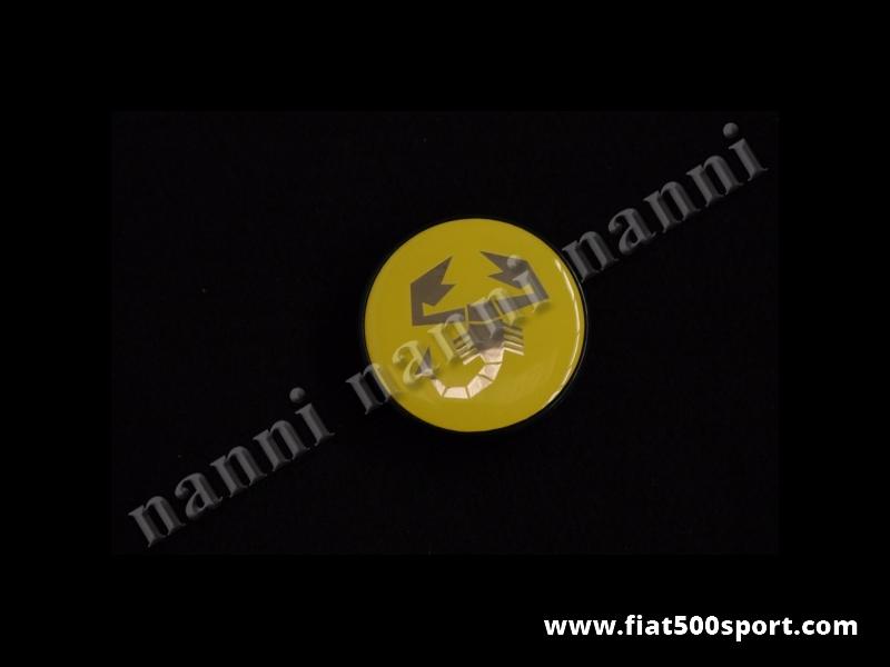 Art. 0525H - Coprimozzo Abarth giallo diam. 50 mm. - Coprimozzo Abarth giallo diam. 50 mm per ruote in lega con foro diam. 47 mm.