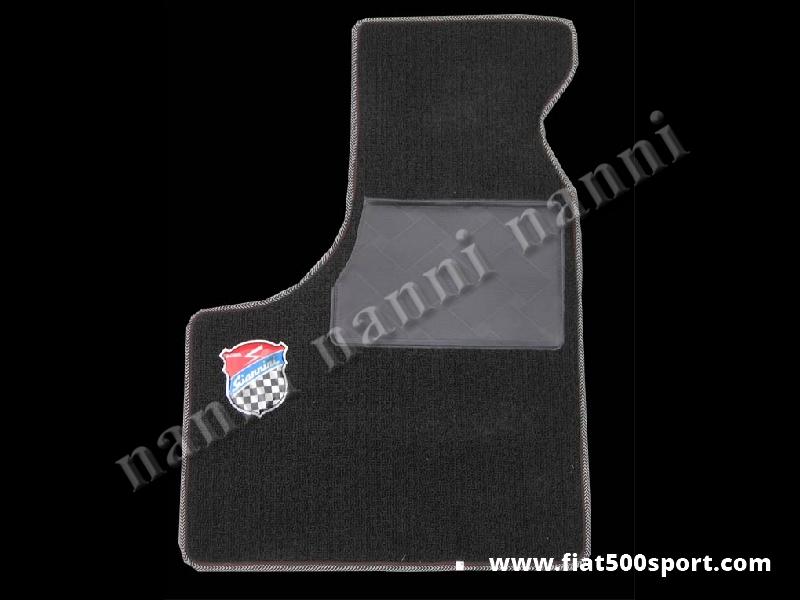 Art. 0532nero - Fiat 500 Fiat 126 black Giannini set of front and rear moquette carpets. - Fiat 500 Fiat 126 black Giannini set of front and rear moquette carpets.
