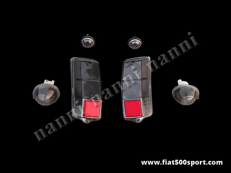Art. 0548 - Plastiche luci Fiat 500 F L R colore fume'. - Luci Fiat 500 F L R di colore fumè. Comprende: 2 fanalini anteriori e 2 laterali completi. 2 plastiche posteriori.