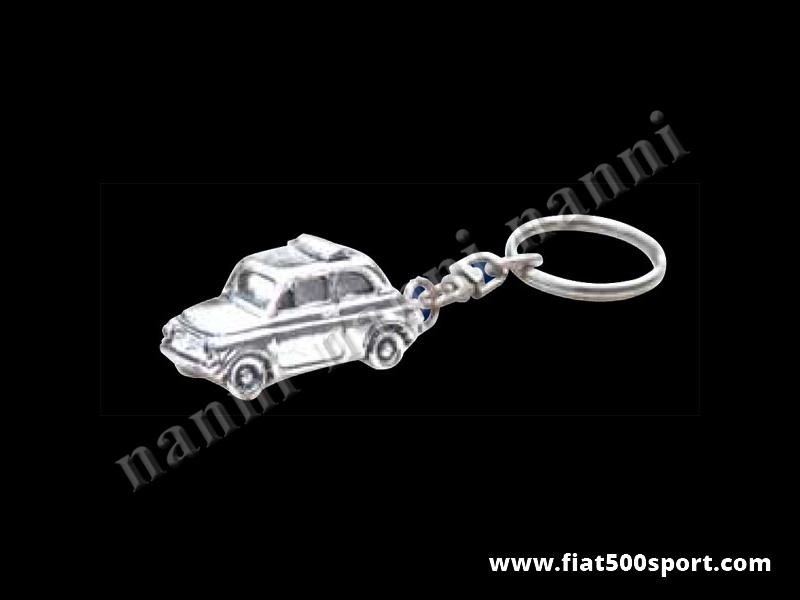 Art. 0616 - Portachiavi Fiat 500 tridimensionale in metallo silver plate. - Portachiavi con macchinina 500 in metallo silver plate. La Fiat 500 è tridimensionale ed è il più bel portachiavi che abbiamo costruito.