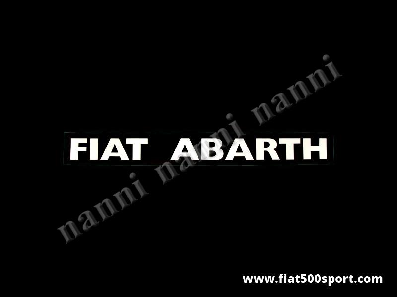 """Art. 0645bia - Scritte """"Fiat Abarth"""" bianche (vanno sotto i  finestrini laterali posteriori) - 2 scritte adesive """"Fiat Abarth"""" bianche. Lunghezza totale delle scritte cm. 38,5 altezza cm. 3,5 (sotto finestrini laterali posteriori)"""