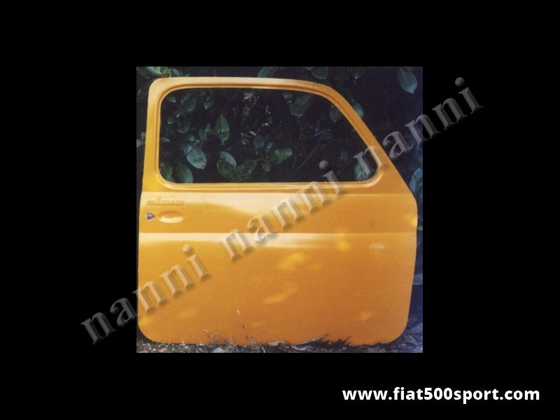 Art. 0861 - Porta Fiat 500 F L R sinistra stradale in resina (tipo originale). - Porta Fiat 500 F L R sinistra stradale in resina (tipo originale).  Questo articolo non può essere spedito in contrassegno. Verniciabile in qualsiasi colore. Si monta con le cerniere e la serratura originali.